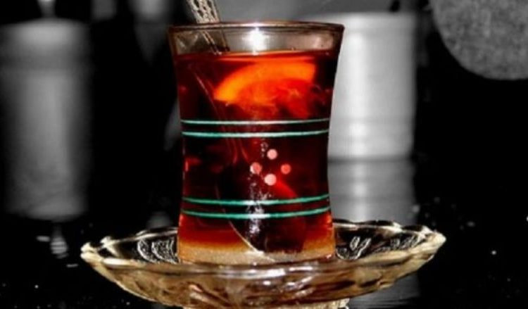 Lajm i mirë për personat që pinë çaj rusi