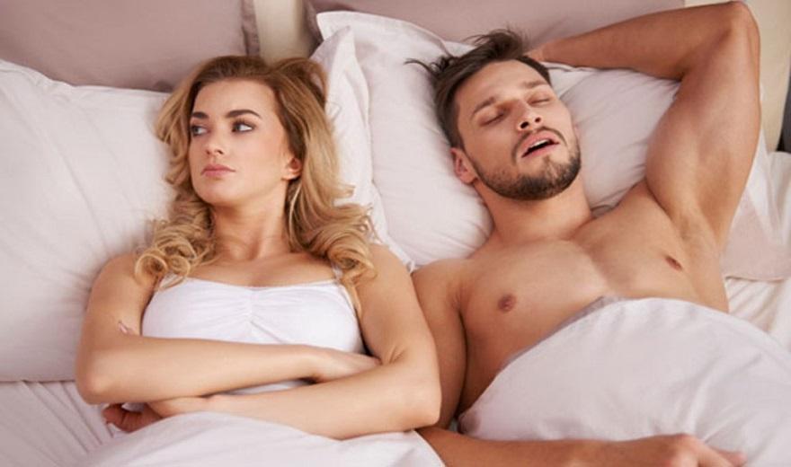 Gjumë pas se ks it  Pse mashkullin e zë direkt dhe femrën jo